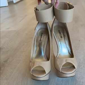 Bebe Nicola Cuff Ankle Pin Heel in Nude US Size 7